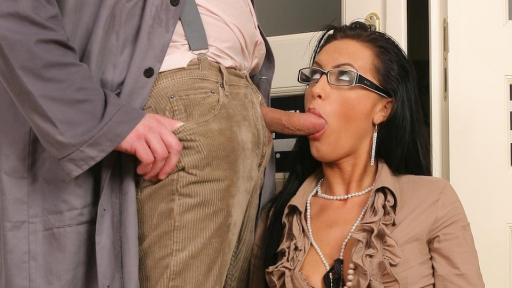 Video Sex Game: Janitor\'s dirty Job